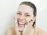洗顔の写真