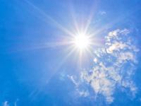 強い紫外線の画像