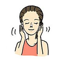 洗顔後の保湿スキンケア